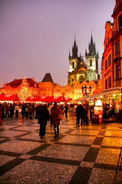 クリスマスのプラハ夜景